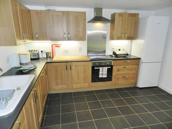 muiredge_kitchen2.JPG