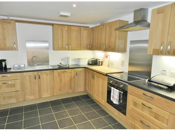 muiredge_kitchen.JPG