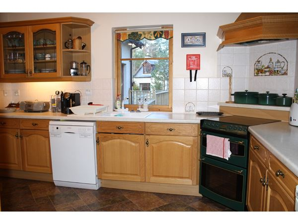 dunedin_kitchen2.JPG