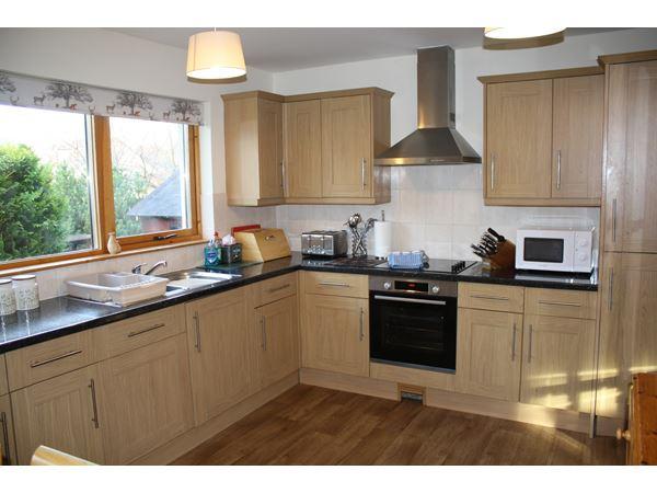 craigmore_kitchen1C.JPG