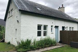 1 Railway Cottages, Dalraddy